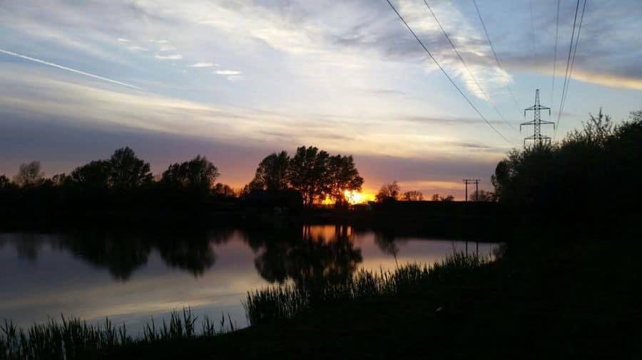 szavanna horgásztó naplemente